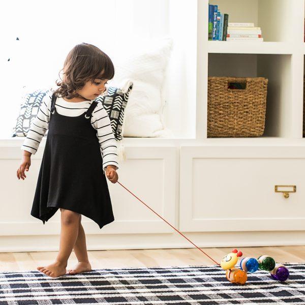 Inch along cal - rubs - houten speelgoed - speelgoed - dn houten tol - de mouthoeve - winkel - boekel - baby einstein