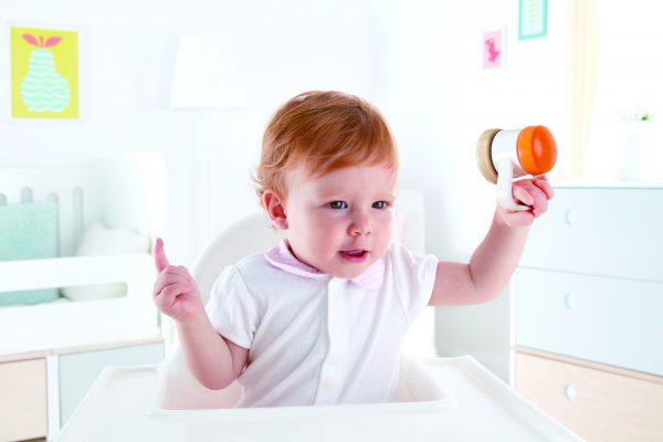 rolrammelaar - baby - hout - kunststof - speelgoed - houten speelgoed - dn houten tol - de mouthoeve - boekel - hape- rollen