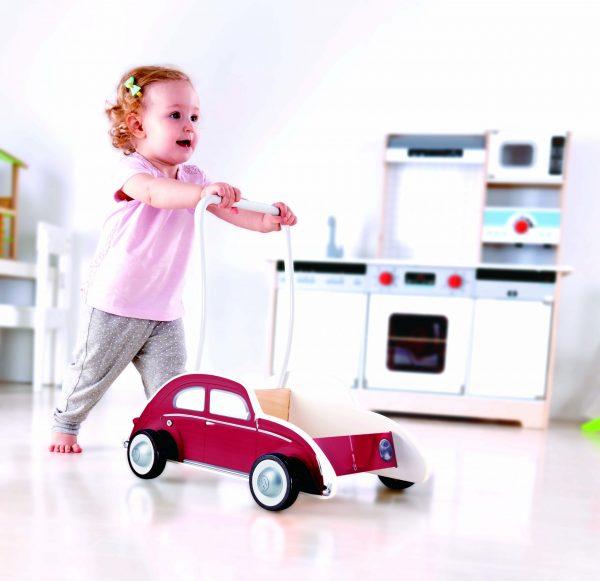 Beetle walker red - loopwagen - dn houten tol - houten speelgoed - boekel