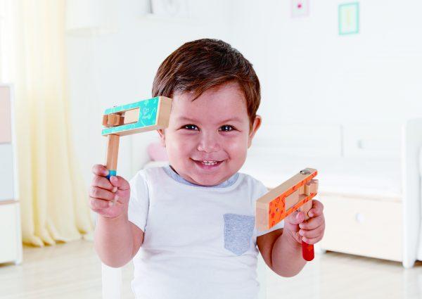 ratel - rood - houten speelgoed - speelgoed - blauw - hout - muziek - peuter - kleuter - dn houten tol - de mouthoeve - boekel - hape