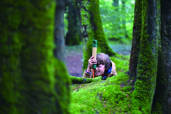 hide and seek periscope - buitenspeelgoed - bamboe - speelgoed - houten speelgoed - dn houten tol - de mouthoeve - winkel - boekel - hape