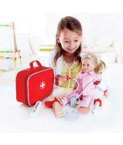 Doktersset - dokter - hout - speelgoed - houten speelgoed - dn houten tol - doktertje spelen - de mouthoeve - boekel - hape