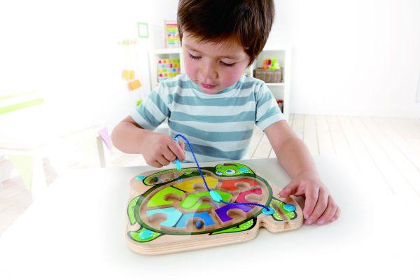 Gekleurde schildpad - colorback sea turtle - hout - peuter - kleuter - speelgoed - houten speelgoed - dn houten tol - de mouthoeve - boekel - winkel - hape