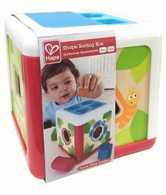 shape sorting box - vormen sorteerdoos - speelgoed - houten speelgoed - hout - vormen - dn houten tol - de mouthoeve - boekel - winkel - hape - baby - peuter