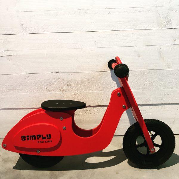 Loop scooter - rood - simply for kids - loopfiets - speelgoed - houten speelgoed - dn houten tol - de mouthoeve - boekel - winkel