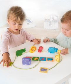 Dieren ketting - animal line - dieren - spel - hout - speelgoed - houten speelgoed - dn houten tol - de mouthoeve - boekel - winkel - beleduc - hape - peuter - kleuter