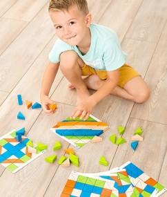 blokken - driehoeken - triangel blokken - speelgoed - houten speelgoed - beleduc - dn houten tol - de mouthoeve - boekel - winkel - hape - hout - peuter - kleuter