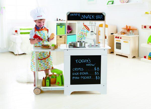 keukentje - Koken en Serveer Keuken - cook en serve kitchen - hape - E3126 - speelgoed - houten speelgoed - child - peuter - kleuter - vanaf 3 jaar - dn houten tol - de mouthoeve - boekel - winkel