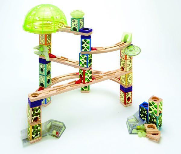 knikkerbaan - speace city - knikkers - dark - speelgoed - houten speelgoed -kinder speelgoed - hape - E6017 - kleuter - vanaf 4 jaar - dn houten tol - de mouthoeve - boekel - winkel