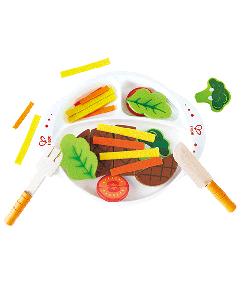 kant en klare maaltijd - hearty home cooked meal - hout - speelgoed - houten speelgoed - keukentje - child - hape - E3156 - dn houten tol - de mouthoeve - boekel - winkel - sla - vlees