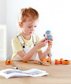 Magnetische wetenschapslab - magnet science lab - hout - kunststof - experimenten - 7 experiementen - speelgoed - houten speelgoed - magneet - dn houten tol - de mouthoeve - hape - kleuter - E3033