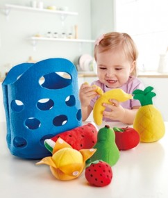 fruitmand - keukentje - toddler fruit basket - speelgoed - houten speelgoed - vilt - stof - hout- speelgoed - houten speelgoed - dn houten tol - de mouthoeve - hape - boekel - E3169