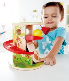 jungle duw en druk glijbaan - jungle press and slide - hout - kunsstof - speelgoed - houten speelgoed - baby - dreumes - dn houten tol - de mouthoeve - boekel - winkel - hape - E0508