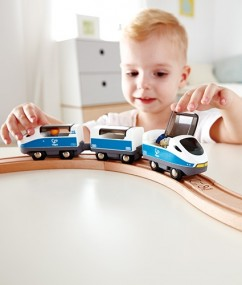 speelgoed trein - kunststof trein - intercity trein - intercity train - speelgoed - houten speelgoed - dn houten tol - de mouthoeve - boekel - speelgoedwinkel - hape - E3728