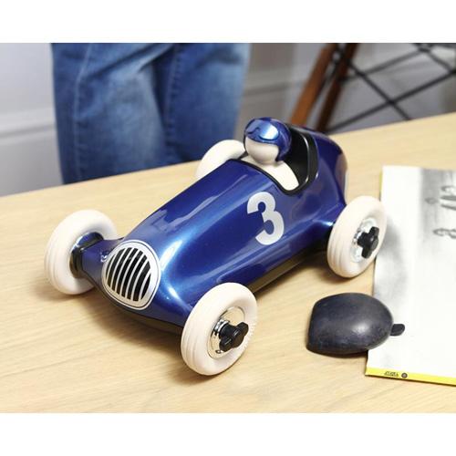 Bruno racing car metallic blue - playforever - race auto - voertuigen - auto's - kunststof - 07104 - speelgoed - houten speelgoed - cadeau - vanaf 3 jaar - kraamcadeau - gender party - baby shower - peuter - kleuter - tm 99 jaar - educatief - leerzaam - duurzaam - dn houten tol - jongens - meisjes - de mouthoeve - boekel - webshop - speelgoedwinkel