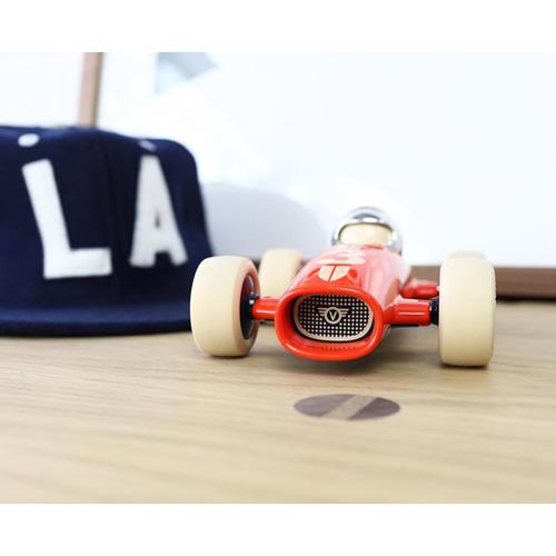 Verve Malibu benjamin - vanaf 3 jaar - race auto - klassiek - ABS plasticmodel auto - playforever - janod - auto - 07VM202 - decoratie auto - speelgoed - houten speelgoed - kinderspeelgoed - kraamcadeau - gender party - babyshower - dn houten tol - webshop - speelgoedwinkel - boekel - mannen auto - verjaardags cadeau voor kinderen en mannen -