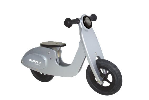 baby - dreumes - peuter - kraamcadeau - gender party - babyshower - Loop scooter - rood - simply for kids - loopfiets - speelgoed - houten speelgoed - dn houten tol - de mouthoeve - boekel - winkel